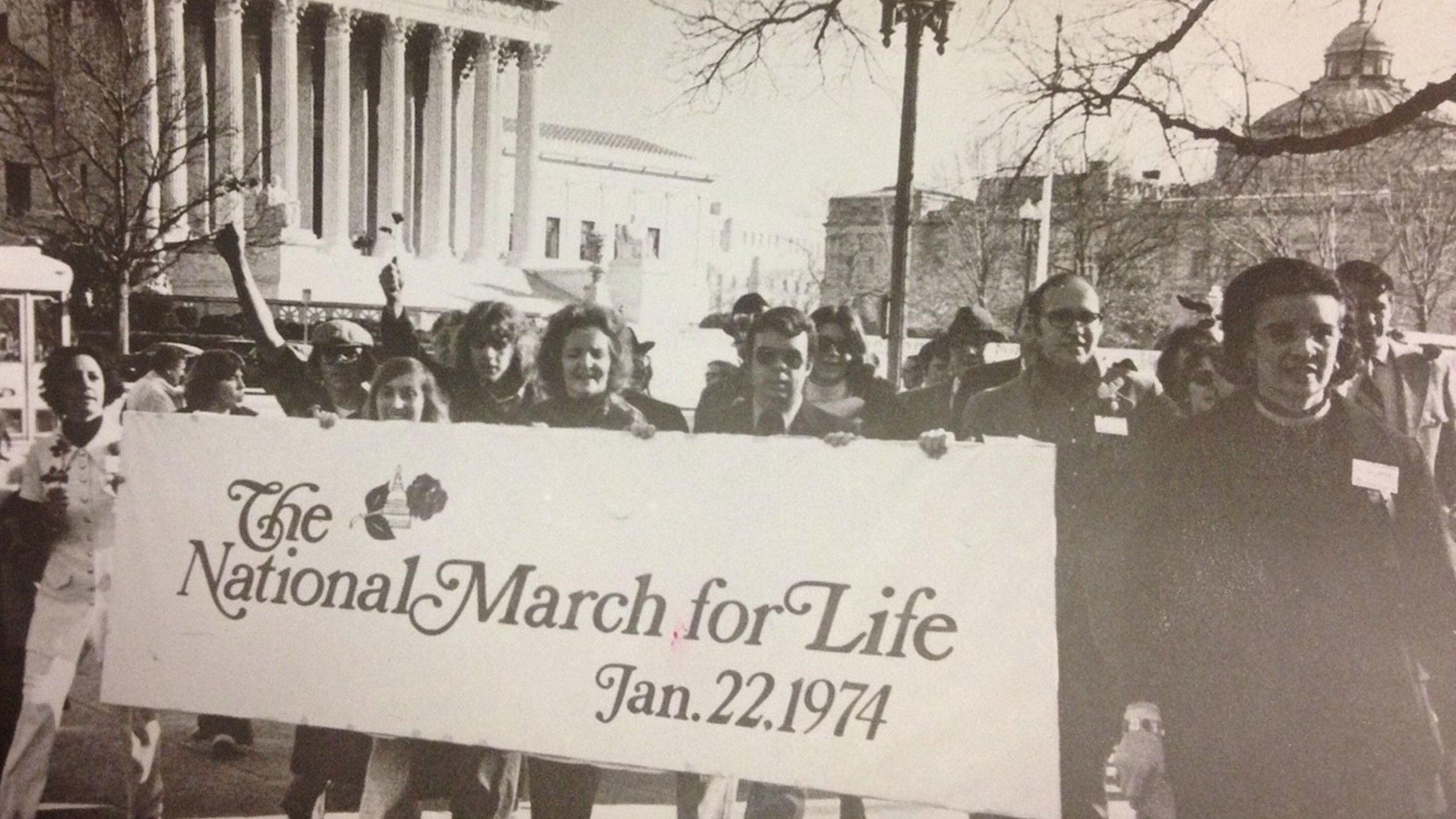 black and white photo of 1974 March for Life participants